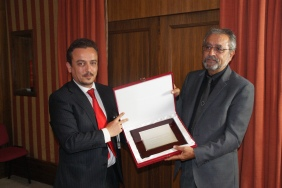 Recococimiento a D. Jacinto Luis García, como MIembro de Honor de ATEB, por su aportación al desarrollo de las técnicas con emulsión bituminosa (20/05/14)